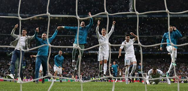 Soccer Football - Champions League Semi Final Second Leg - Real Madrid v Bayern Munich - Santiago Bernabeu, Madrid, Spain - May 1, 2018 Real Madrid's Cristiano Ronaldo and team mates celebrate after the match REUTERS/Juan Medina TPX IMAGES OF THE DAY