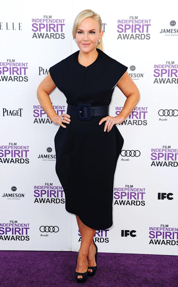"""Best Female Lead nominee Rachael Harris (""""Natural Selection"""") stepped out in a fabulous, futuristic Jil Sander dress and a broad belt. No fussy hair or makeup for the star, who swept her tresses into a chic ponytail. But, where were her signature specs?!<br><br>Watch the red carpet arrivals <a target=""""_blank"""" href=""""http://movies.yahoo.com/oscars/videos/2012-independent-spirit-awards-red-carpet-28426344.html"""">here</a>!<br><br><a target=""""_blank"""" href=""""http://bit.ly/lifeontheMlist"""">Follow Matt Whitfield on Twitter!</a>"""