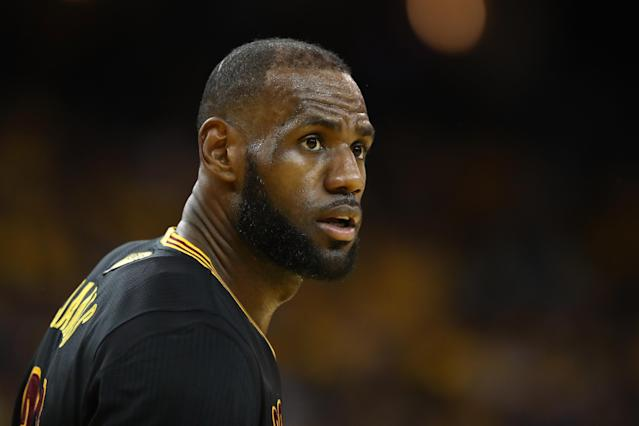 LeBron James: Is He Headed for Los Angeles After Cleveland Cavaliers Fall Short in 2017 NBA Finals?