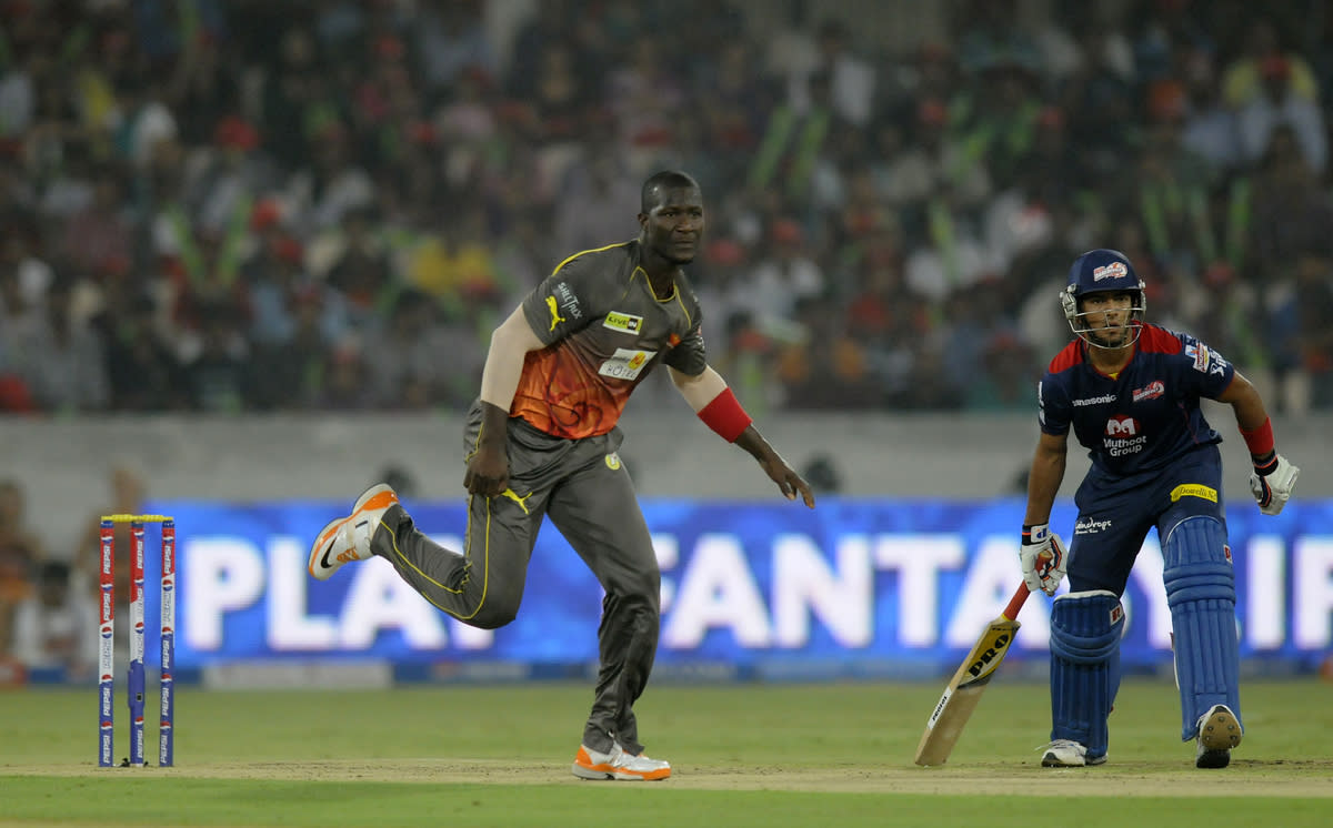 Darren Sammy of Sunrisers Hyderabad bowls during match 48 of the Pepsi Indian Premier League between The Sunrisers Hyderabad and Delhi Daredevils held at the Rajiv Gandhi International  Stadium, Hyderabad  on the 4th May 2013..Photo by Pal Pillai-IPL-SPORTZPICS ..Use of this image is subject to the terms and conditions as outlined by the BCCI. These terms can be found by following this link:..https://ec.yimg.com/ec?url=http%3a%2f%2fwww.sportzpics.co.za%2fimage%2fI0000SoRagM2cIEc&t=1503127992&sig=WfM3JEsSSn5E8F7P5qj6tw--~D