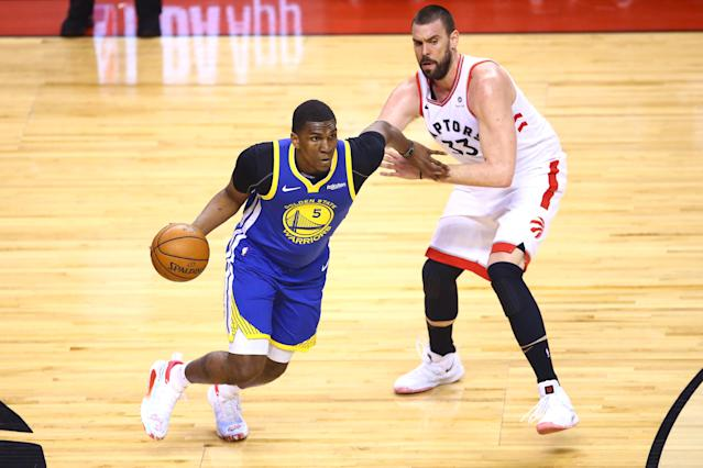 Kevon Looney re-aggravated his chest injury late in Game 5 on Monday night and didn't return. (Vaughn Ridley/Getty Images)