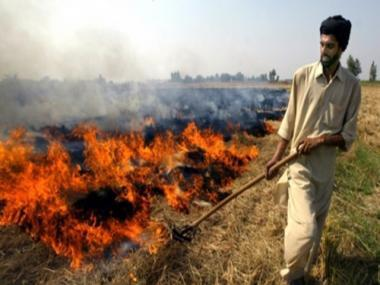 Crores allocated but Delhi smog from stubble burning in Punjab, Haryana likely to persist this winter too