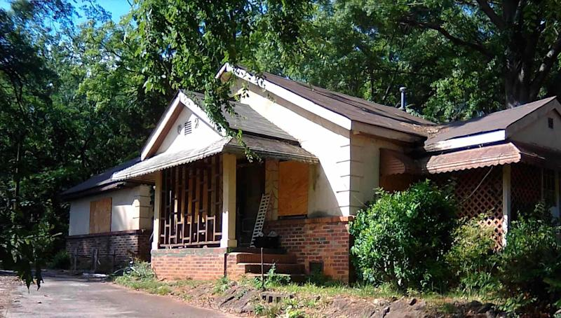 can make good money house flipping yahoo