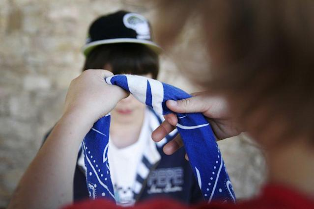 Young teens playing choking game. (Photo: BSIP/UIG via Getty Images)
