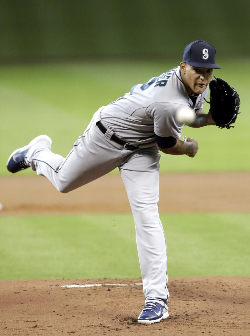 Mariners hit 4 HRs in 10-4 win over Astros