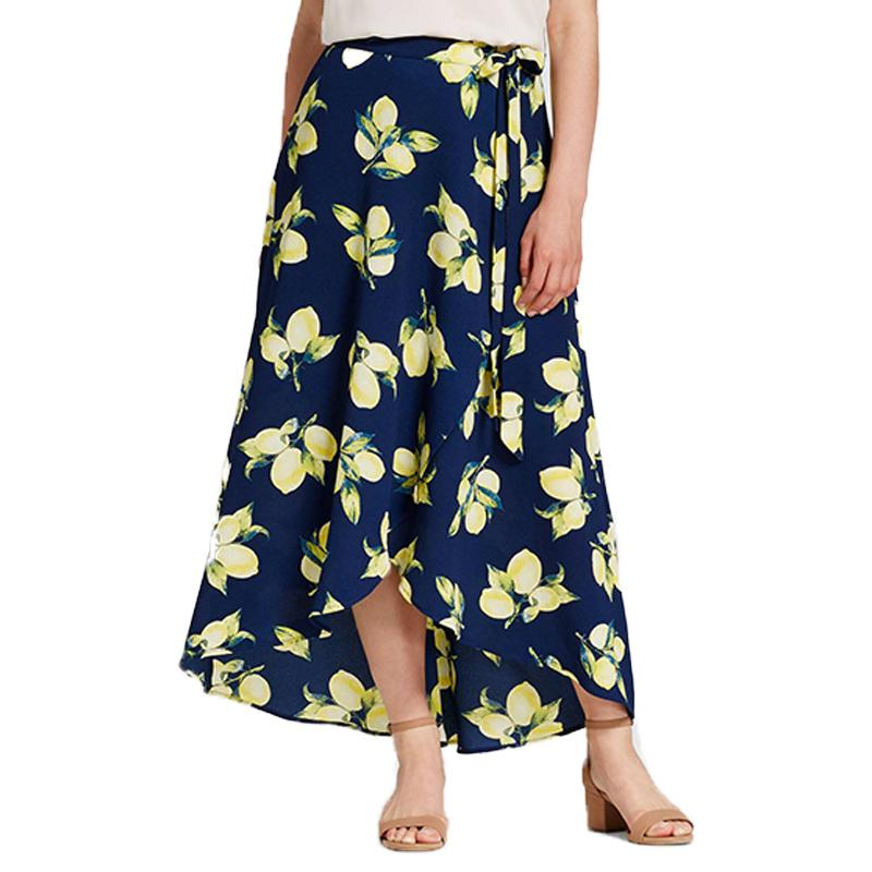 """<p><p><a rel=""""nofollow"""" href=""""http://rstyle.me/n/cnutaejduw"""">J By J.O.A. Printed Maxi Skirt</a>, $45</p>                                                                                                                                                                           <p>     <strong>Related Articles</strong>     <ul>         <li><a rel=""""nofollow"""" href=""""http://thezoereport.com/fashion/style-tips/box-of-style-ways-to-wear-cape-trend/?utm_source=yahoo&utm_medium=syndication"""">The Key Styling Piece Your Wardrobe Needs</a></li><li><a rel=""""nofollow"""" href=""""http://thezoereport.com/entertainment/celebrities/adriana-lima-engagement-ring-instagram/?utm_source=yahoo&utm_medium=syndication"""">This Is Why Adriana Lima Is Wearing An Engagement Ring</a></li><li><a rel=""""nofollow"""" href=""""http://thezoereport.com/entertainment/culture/alanis-morisette-jagged-little-pill-musical/?utm_source=yahoo&utm_medium=syndication"""">Alanis Morissette's <i>Jagged Little Pill</i> Is Becoming A Musical And There's Nothing Ironic About Our Excitement</a></li>    </ul> </p>"""
