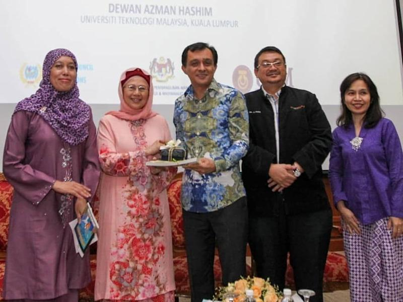 FINAS CEO Ahmad Idham Ahmad Nadzri (middle) ruffled some feathers with his statement on Netflix at the recent seminar organised by NCWO.