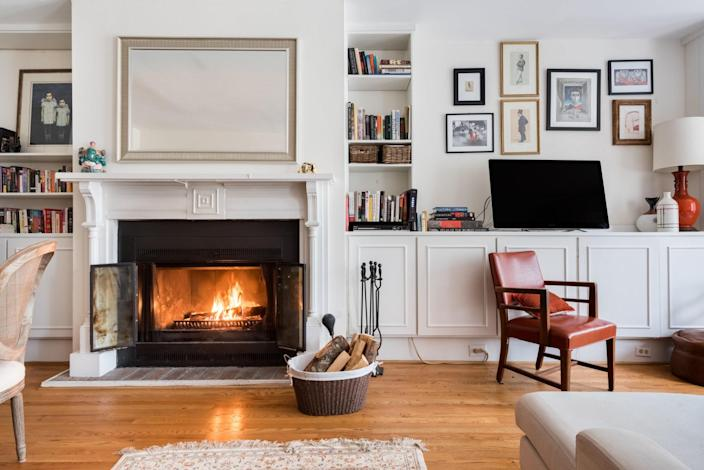 "Another three-bedroom row house, this one is situated right between D.C.'s Kalorama neighborhood and Dupont Circle, about a 10 minute walk from the Dupont Circle metro station. As an <a href=""https://www.cntraveler.com/story/airbnb-plus-is-for-people-who-hate-airbnb?mbid=synd_yahoo_rss"" rel=""nofollow noopener"" target=""_blank"" data-ylk=""slk:Airbnb Plus"" class=""link rapid-noclick-resp"">Airbnb Plus</a>, it is especially well decorated and has passed a rigorous 100-point inspection, so you can expect things like solid Wi-Fi and hotel-style toiletries. It's also family friendly, with a Pack-n-Play available for those who need it, and pets allowed for a fee. We imagine most guests of late find themselves communing on the oversized couch in front of the TV and fireplace, shown above. $240, Airbnb (Starting price). <a href=""https://www.airbnb.com/rooms/plus/16162225"" rel=""nofollow noopener"" target=""_blank"" data-ylk=""slk:Get it now!"" class=""link rapid-noclick-resp"">Get it now!</a>"