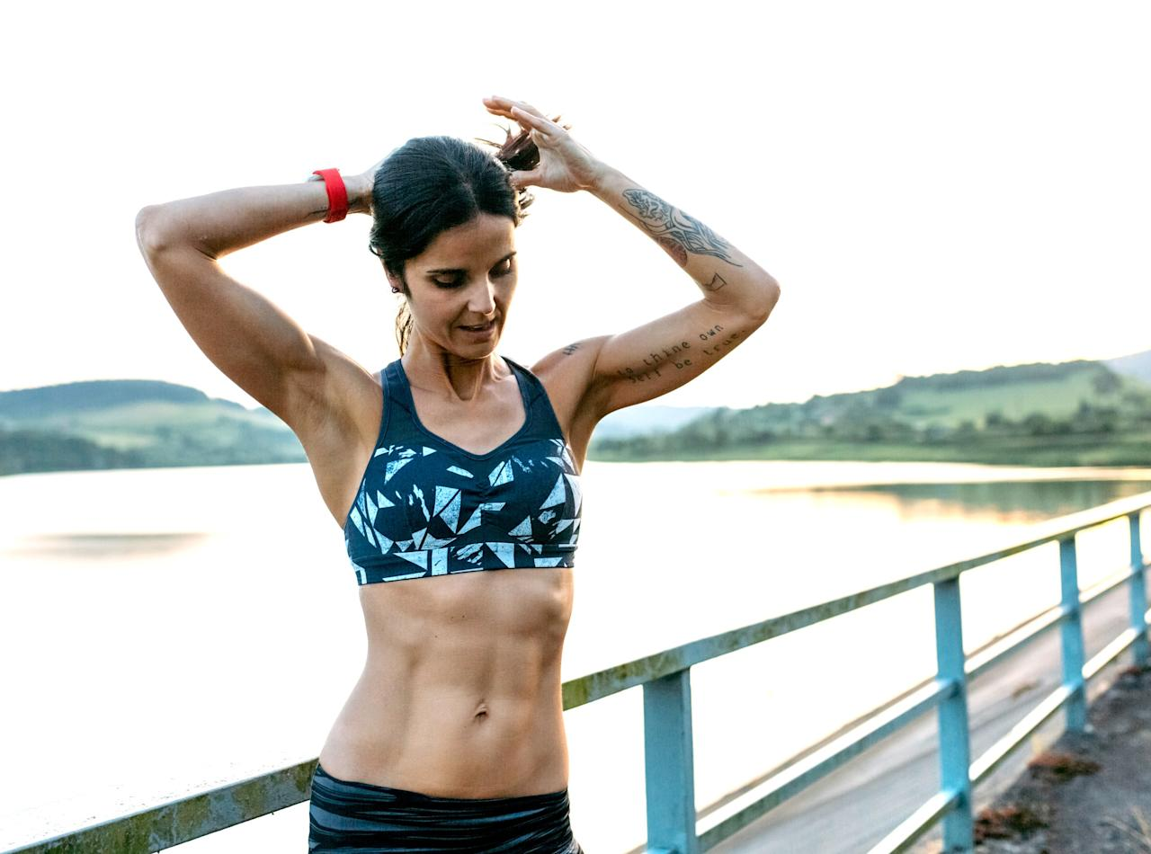 """<p>While the best way to <a rel=""""nofollow"""" href=""""http://www.self.com/gallery/4-workouts-that-will-make-you-a-faster-runner?mbid=synd_yahoohealth"""">become a better runner</a> is to—you guessed it—actually <em>run</em>, the workouts you do when you're not pounding the pavement can aid your efforts and help with endurance, speed, and injury prevention. However, the <a rel=""""nofollow"""" href=""""http://www.self.com/story/full-body-strength-workout-that-takes-10-minutes?mbid=synd_yahoohealth"""">strength workout</a> that'll get you there might not be what you'd expect—rather than focusing on your <a rel=""""nofollow"""" href=""""http://www.self.com/story/this-10-minute-workout-targets-your-inner-thigh-muscles?mbid=synd_yahoohealth"""">lower body</a>, strengthening your core can be even more beneficial, explains <a rel=""""nofollow"""" href=""""https://twitter.com/iamIronDiamond?mbid=synd_yahoohealth&ref_src=twsrc%5Egoogle%7Ctwcamp%5Eserp%7Ctwgr%5Eauthor"""">Karlyle Alvino</a>, <a rel=""""nofollow"""" href=""""http://www.milehighrunclub.com/?mbid=synd_yahoohealth"""">Mile High Run Club</a> coach and founder of <a rel=""""nofollow"""" href=""""http://www.irondiamondfitness.com/?mbid=synd_yahoohealth"""">Iron Diamond Fitness</a>.</p> <p>""""I've found that to keep runners healthy and injury-free, the best way is to actually avoid the legs when you're doing a <a rel=""""nofollow"""" href=""""http://www.self.com/gallery/try-one-of-these-10-minute-cardio-workouts-for-a-quick-burn?mbid=synd_yahoohealth"""">short, quick workout</a>,"""" she says. This is because if you're running consistently, your legs already have a starring role, so you want to be careful of putting too much stress on them to avoid overuse injuries, Alvino explains.</p> <p>By <a rel=""""nofollow"""" href=""""http://www.self.com/story/standing-abs-workout-for-a-strong-firm-core?mbid=synd_yahoohealth"""">focusing on your core</a> instead, you're not only giving your legs a break, but you're also strengthening other muscles that play a big role in running. """"Strengthening your core helps with your r"""