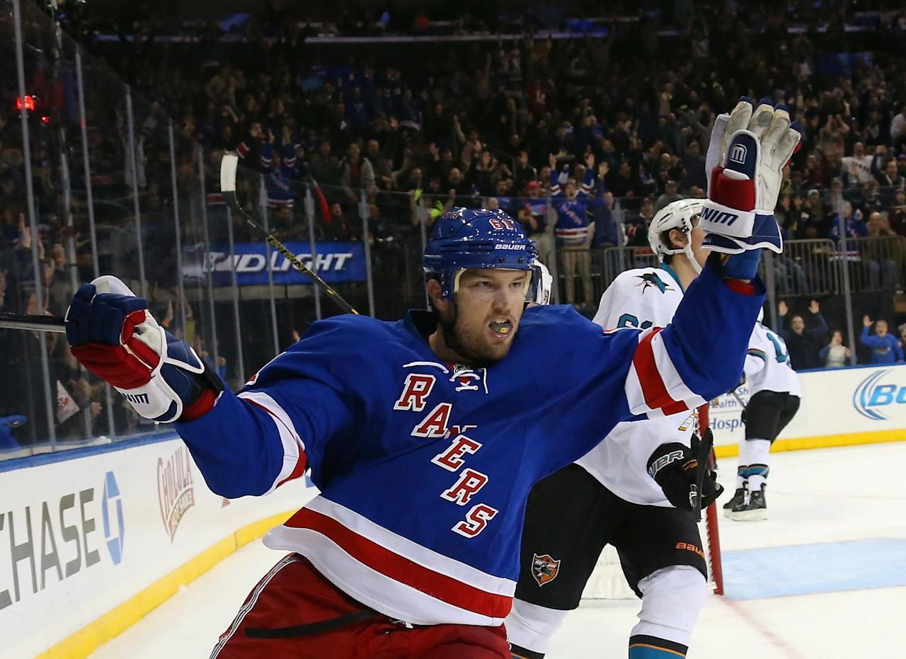 How Rick Nash went from playoff bust to NHL's leading scorer