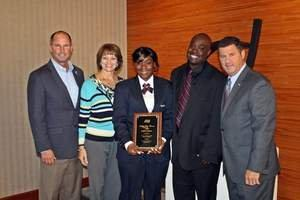 AlliedBarton Security Services Myisha Pullum Receives Ralph Day Officer Of The Year Award At ASIS 2013