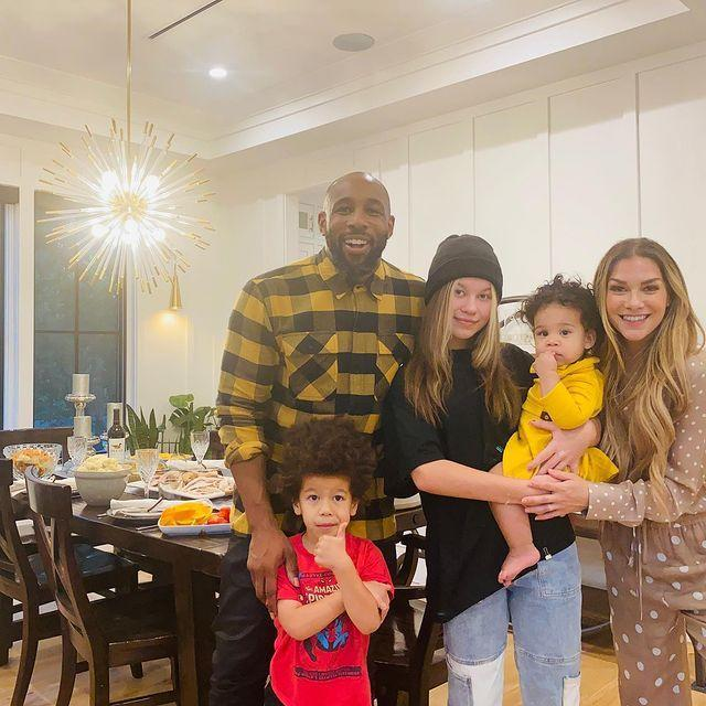 """<p>""""THANKSGIVING 2020! So grateful for my family!! It was a perfect day full of love, good food, laughs and true happiness,"""" Holker <a href=""""https://www.instagram.com/p/CIE_uh-h4yA/"""" rel=""""nofollow noopener"""" target=""""_blank"""" data-ylk=""""slk:shared alongside a family photo"""" class=""""link rapid-noclick-resp"""">shared alongside a family photo</a>. </p> <p>She added, """"I hope you all had an amazing day celebrating your loved ones!!"""" </p>"""