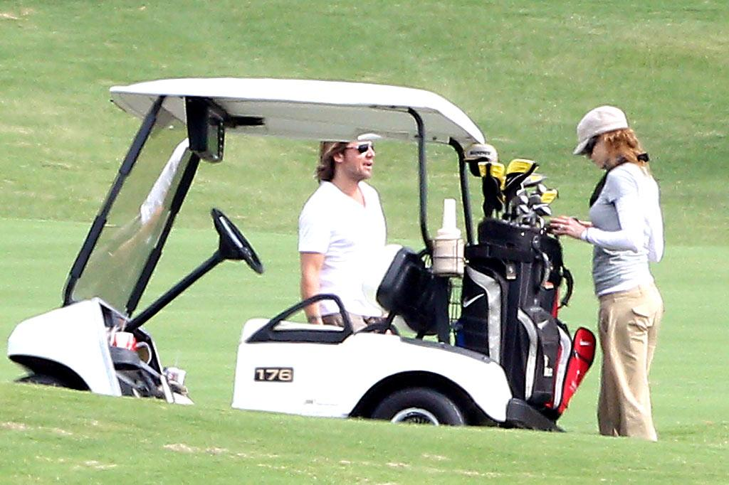 "Nicole Kidman and hubby Keith Urban were also spotted enjoying some couple time in Maui, where they played a round of golf at the Wailea Golf Club. <a href=""http://www.infdaily.com"" target=""new"">INFDaily.com</a> - May 2, 2010"