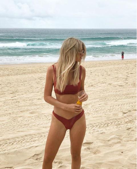 """<p>Megan Marx posed at the beach sharing it to her Instagram accompanied with the caption, """"Nothing like a day at the beach… always brings a bit of mind grounding."""" </p>"""