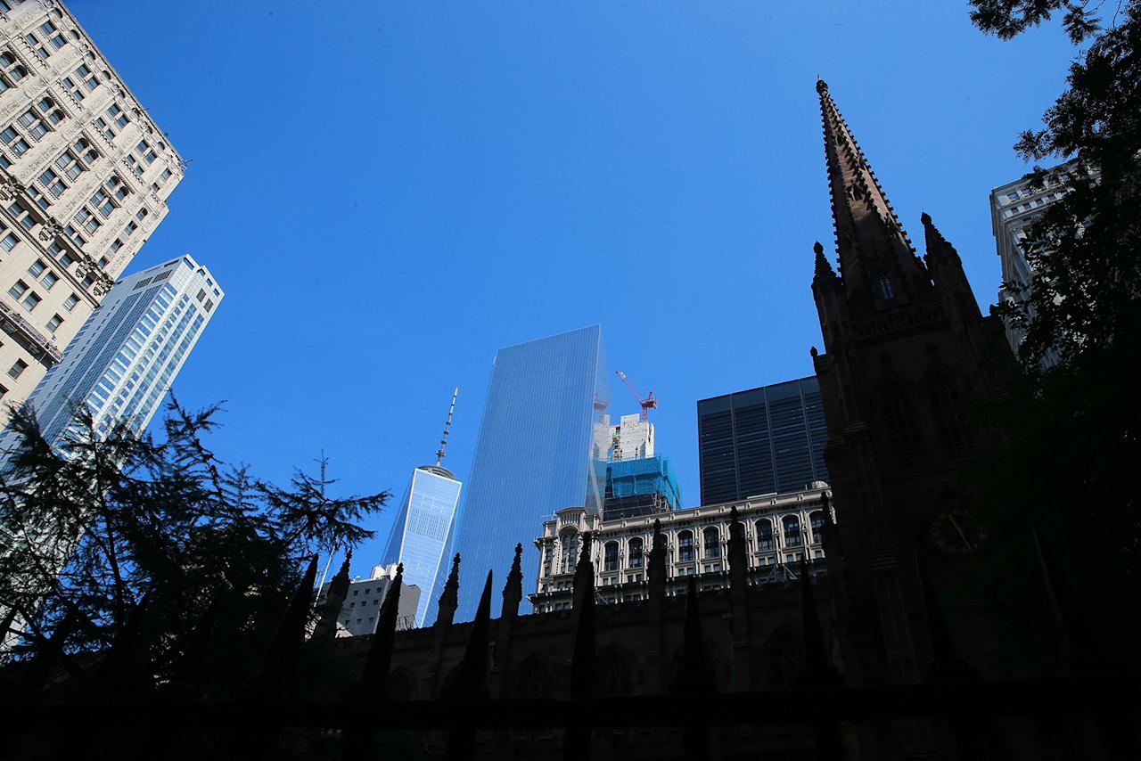 <p>Before 9/11, the World Trade Center towers could be seen from the Trinity Church Cemetery in lower Manhattan, Aug. 29, 2016. (Gordon Donovan/Yahoo News) </p>