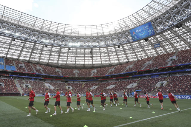 General view of Denmark's Team in action during his official training at the eve of the group C match between France and Denmark at the 2018 soccer World Cup in the Luzhniki Stadium in Moscow, Russia, Monday, June 25, 2018. (AP Photo/David Vincent)