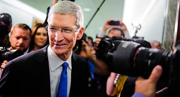 Apple CEO Tim Cook arrives to testify before the Senate Homeland Security and Governmental Affairs Permanent subcommittee on Investigations on Capitol Hill in Washington, District of Columbia, U.S., on Tuesday, May 21, 2013. Photographer: Pete Marovich/Bloomberg