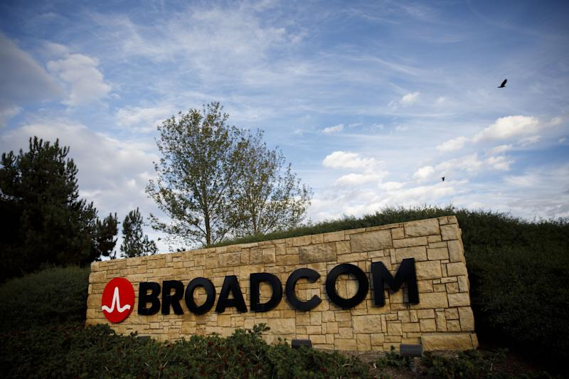 Broadcom-CA Deal Memo Spurs U.S. Stock-Fraud Probe