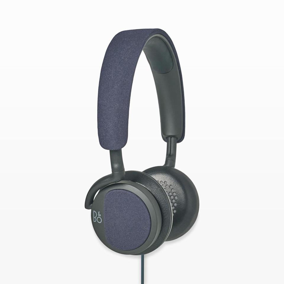 "<p>Stylish and able to deliver incredible sound, he'll really appreciate these high tech headphones. <i>($230 <a href=""http://www.clubmonaco.ca/product/index.jsp?productId=70079296"" rel=""nofollow noopener"" target=""_blank"" data-ylk=""slk:via Club Monaco"" class=""link rapid-noclick-resp"">via Club Monaco</a>)</i></p>"