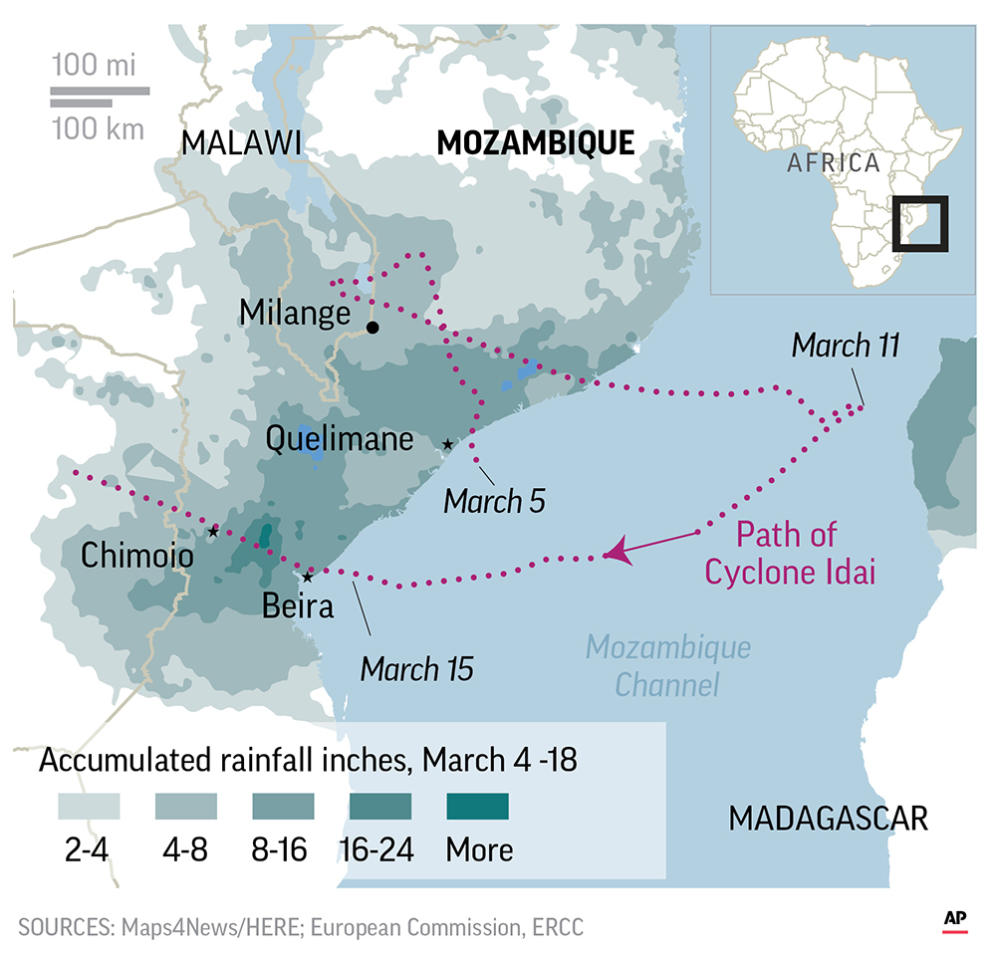 The floodwaters in Mozambique, has endangered tens of thousands of families.;