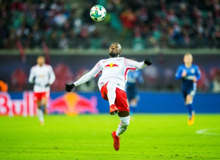 Leipzig's midfielder Naby Keita plays the ball during the German first division Bundesliga football match against FC Schalke 04 January 13, 2018
