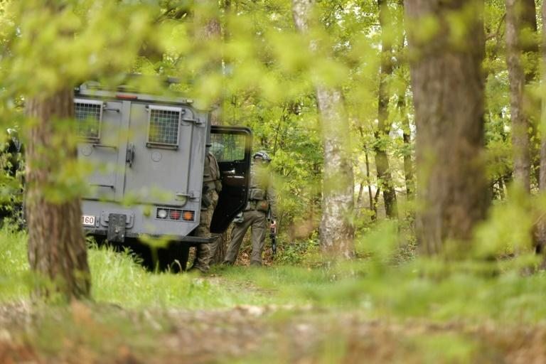 Belgian special forces deploy in a national park in northeast Belgium to hunt for a soldier who has allegedly threatened state and public figures
