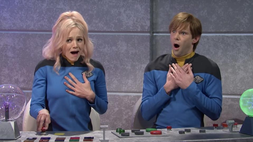 Carey Mulligan and Mikey Day as easily offended Starfleet members in SNL's Star Trek parody