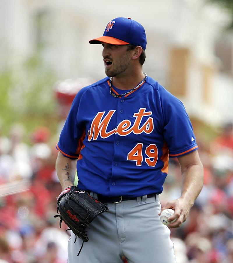 Niese back at spring training after clean scan