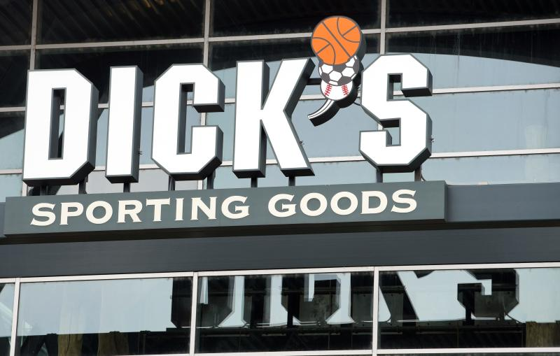 Dick's Sporting Goods Backs FY17 Adj. EPS Forecast, Cuts Comps View