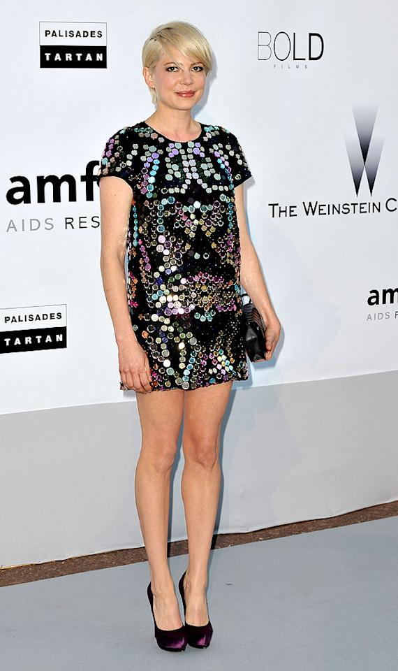 "Michelle Williams channeled '60s model Twiggy in her newly cropped locks and mirrored mini. Dominique Charriau/<a href=""http://www.wireimage.com"" target=""new"">WireImage.com</a> - May 20, 2010"