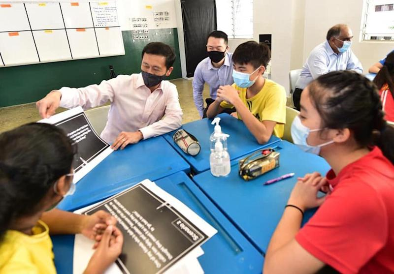 Education Minister Ong Ye Kung participating in a discussion with Tampines Secondary School students in commemorating Racial Harmony Day. (PHOTO: Ong Ye Kung/Facebook)