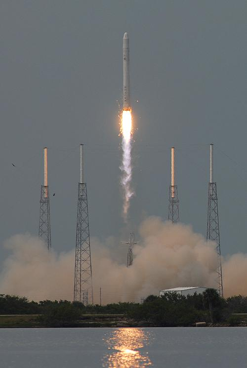 How to Watch SpaceX's Private Rocket Launch Sunday