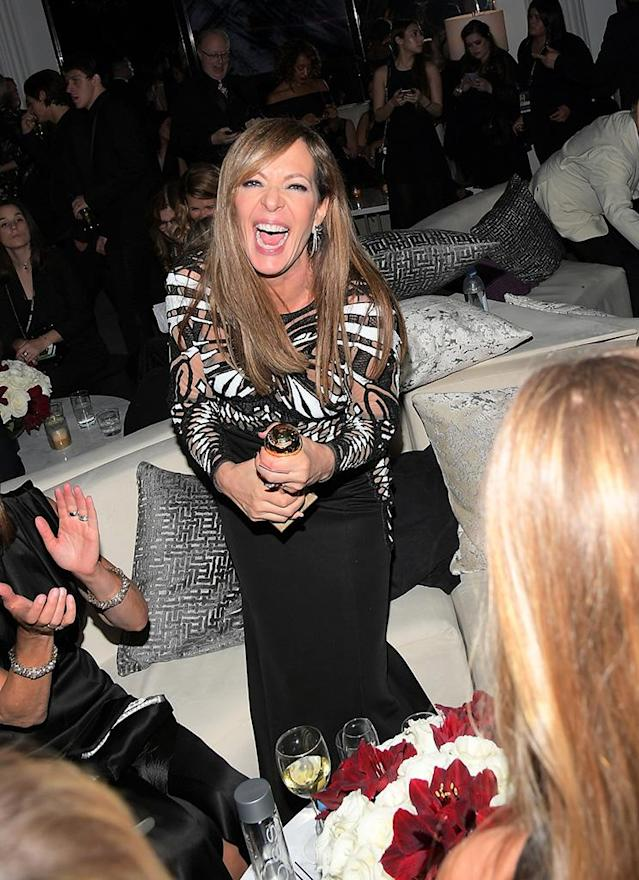 <p>Golden Globe winner Allison Janney was all smiles at the 2018 InStyle and Warner Bros. party. (Photo: Charley Gallay/Getty Images for InStyle) </p>