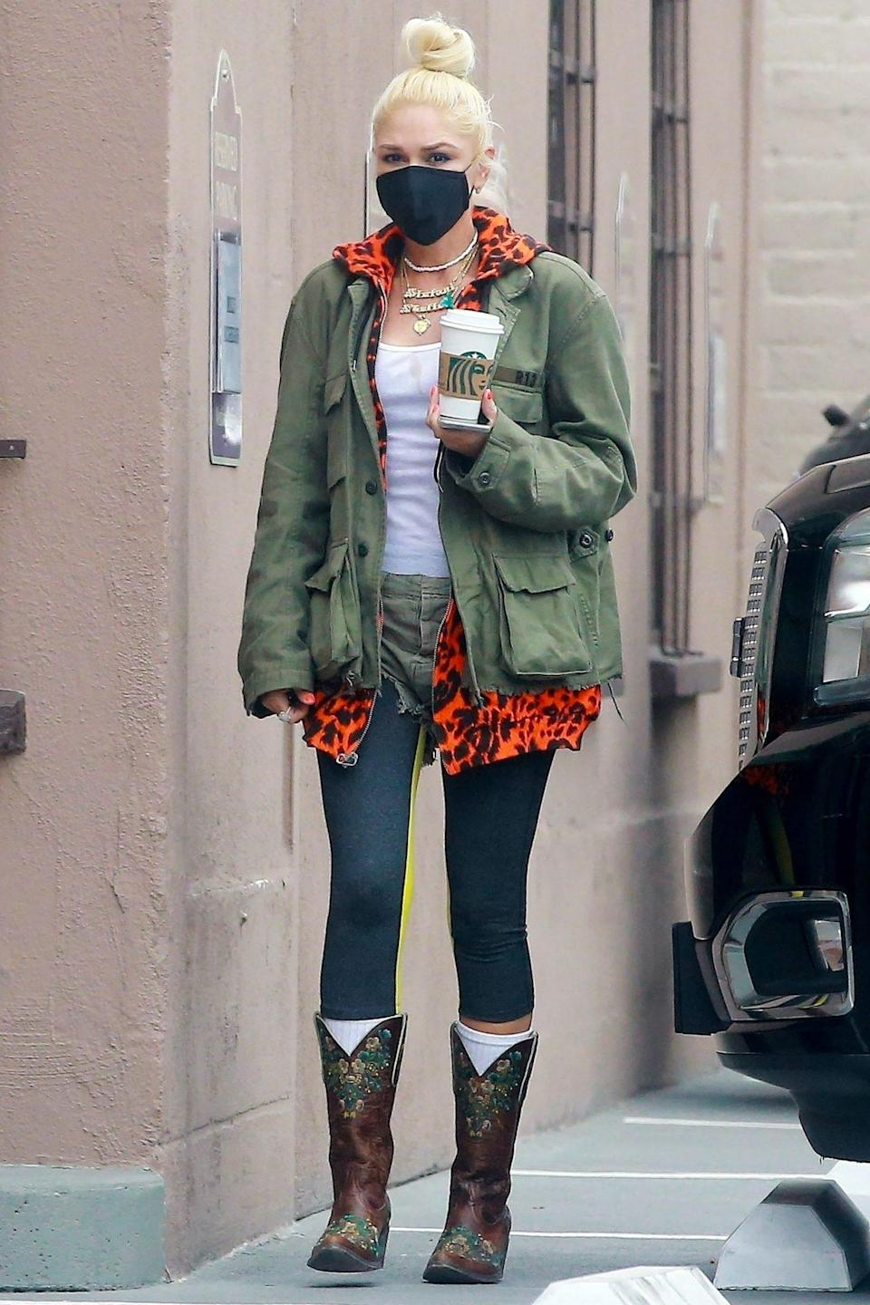 <p>Gwen Stefani heads to the studio in L.A. on Wednesday after taking a trip with her family.</p>