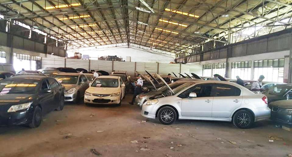 Deregistered cars seized by the Land Transport Authority (LTA). (Photo: Facebook/LTA)