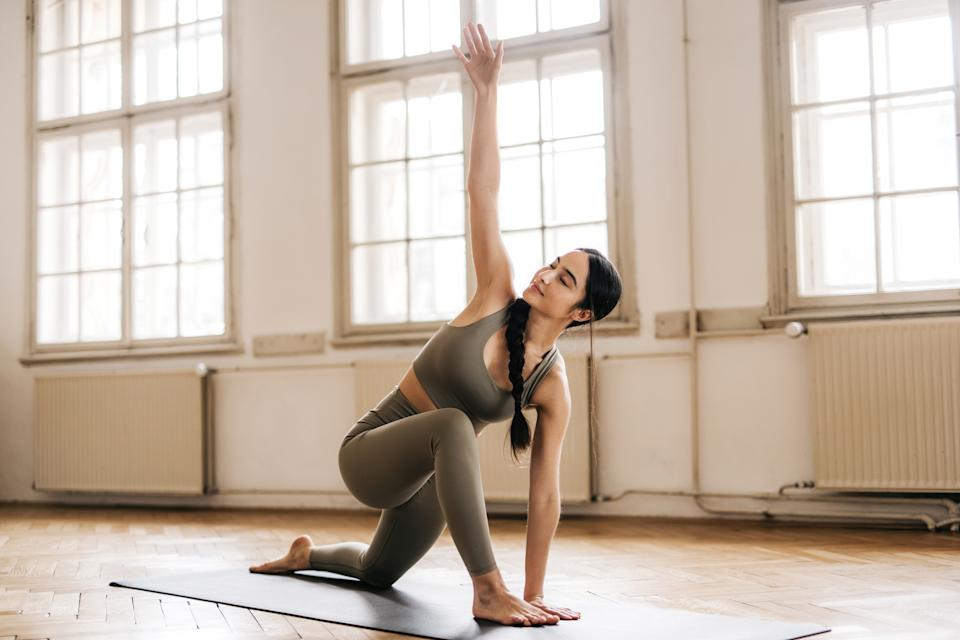 Amazon shoppers are raving over a pair of affordable yoga leggings (Image via Getty Images).