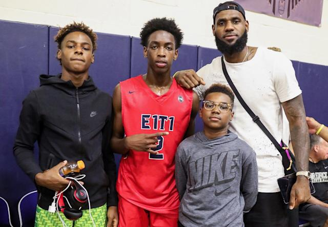 Bronny James (left) and Zaire Wade (center) will have some serious expectations at Sierra Canyon next season. (Getty)