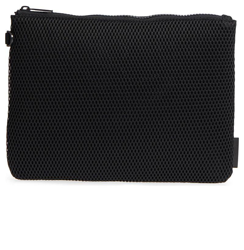 """<p><strong>Parker Large Pouch </strong></p><p>nordstrom.com</p><p><strong>$35.00</strong></p><p><a href=""""https://go.redirectingat.com?id=74968X1596630&url=https%3A%2F%2Fshop.nordstrom.com%2Fs%2Fdagne-dover-parker-large-pouch%2F4942481&sref=http%3A%2F%2Fwww.esquire.com%2Fstyle%2Fadvice%2Fg3180%2Fbest-gym-bags-for-men%2F"""" target=""""_blank"""">Buy</a></p><p>Having someplace to stash your sweaty clothes—whether for the trip home from the gym or the full workday—is essential. Hence, this pouch. </p>"""