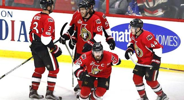 "What other option do the Senators have than to chase a championship while <a class=""link rapid-noclick-resp"" href=""/nhl/players/4491/"" data-ylk=""slk:Erik Karlsson"">Erik Karlsson</a>'s in his prime? (THE CANADIAN PRESS/Fred Chartrand)"
