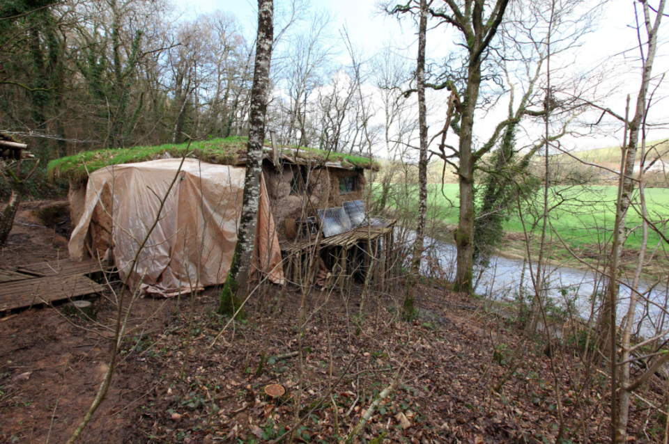 <em>North Devon Council ordered the couple to dismantle their hut as they didn't have planning permission (SWNS)</em>
