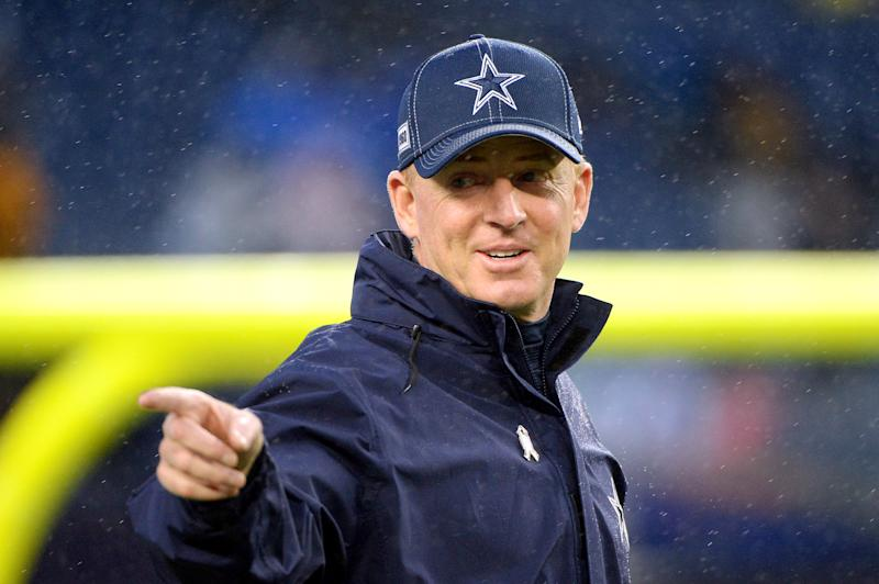 FOXBOROUGH, MASSACHUSETTS - NOVEMBER 24: Head coach Jason Garrett of the Dallas Cowboys gestures before the game against the New England Patriots at Gillette Stadium on November 24, 2019 in Foxborough, Massachusetts. (Photo by Kathryn Riley/Getty Images)