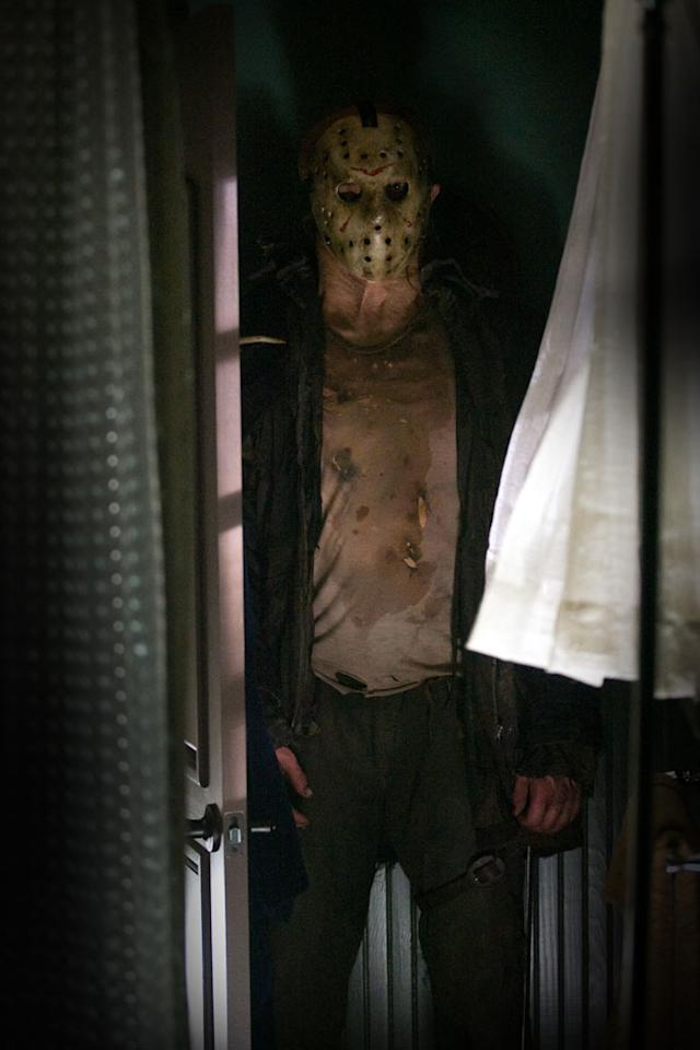 "2. Jason Voorhees, <a href=""http://movies.yahoo.com/movie/1800068037/info"">Friday the 13th</a>   With a penchant for terrorizing horny camp counselors and a kill rate higher than Michael's and Freddy's combined, Jason Voorhees -- the hockey mask-wearing, machete-wielding madman from Camp Crystal Lake -- is seemingly unstoppable. So is the franchise. With the 12th installment succeeding in '09, expect a big box office returns and much more bloodshed in the coming years."