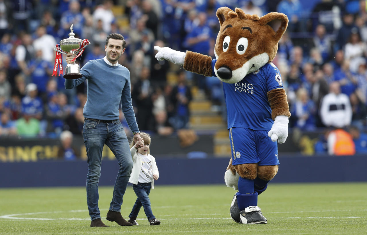 "Britain Football Soccer - Leicester City v AFC Bournemouth - Premier League - King Power Stadium - 21/5/17 Leicester City fan and snooker player Mark Selby parades the World Snooker Championship trophy on the pitch at half time  Reuters / Darren Staples Livepic EDITORIAL USE ONLY. No use with unauthorized audio, video, data, fixture lists, club/league logos or ""live"" services. Online in-match use limited to 45 images, no video emulation. No use in betting, games or single club/league/player publications.  Please contact your account representative for further details."