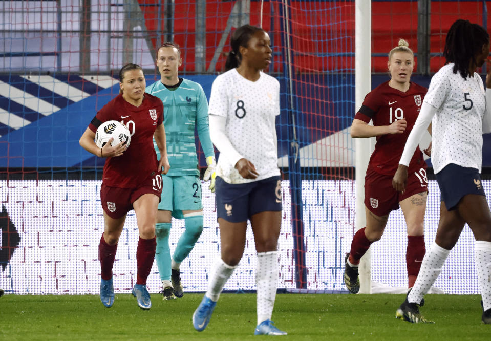 Fran Kirby scored from the penalty spot as England fell to a 3-1 defeat in France © REUTERS