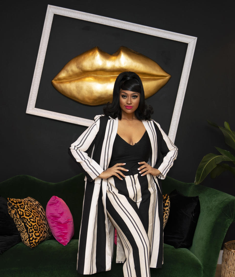"""Singer Jazmine Sullivan poses for a portrait in Rydal, Pa., on Tuesday, Jan. 26, 2021 to promote her EP """"Heaux Tales."""" (AP Photo/Matt Slocum)"""