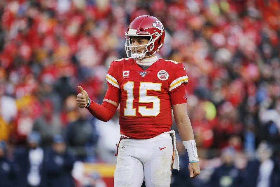 Will Patrick Mahomes get the chance to recreate Len Dawson's iconic picture? (Photo by David Eulitt/Getty Images)