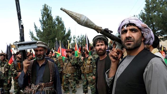 Armed men declare they will support the Afghan army near Kabul