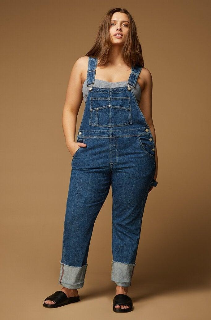"""<h2>Warp + Weft</h2><br>This family-owned business specializes in affordable, size-inclusive denim in an array of hues, and happily, they outfit men, women, and kids in jeans that come in mostly under $100. They also operate a partially solar-powered factory equipped with an in-house water treatment plant, enabling them to recycle some of the water used in creating their irresistibly colored dungarees.<br><br><em>Shop <strong><a href=""""https://warpweftworld.com/"""" rel=""""nofollow noopener"""" target=""""_blank"""" data-ylk=""""slk:Warp + Weft"""" class=""""link rapid-noclick-resp"""">Warp + Weft</a></strong></em><br><br><strong>Warp + Weft</strong> BDU PLUS - OVERALL, $, available at <a href=""""https://go.skimresources.com/?id=30283X879131&url=https%3A%2F%2Fwarpweftworld.com%2Fcollections%2Fwomens-plus%2Fproducts%2Fbdu-plus-overall-mesa"""" rel=""""nofollow noopener"""" target=""""_blank"""" data-ylk=""""slk:Warp + Weft"""" class=""""link rapid-noclick-resp"""">Warp + Weft</a>"""