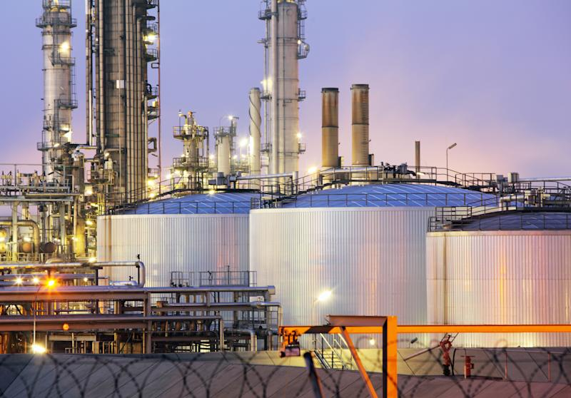 An Investor's Guide to Refinery Stocks