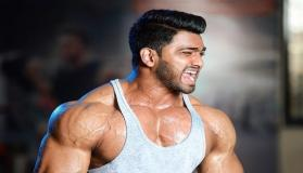 This Indian Body Builder Vikram Jadhav is training 8 hours a day